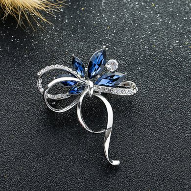 盈滿堂 清新精美水晶花朵蝴蝶結胸針