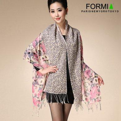 FORMIA芳美亞 羊毛圍巾 氣質淡雅花朵圍巾 羊毛流蘇圍巾SL6841007